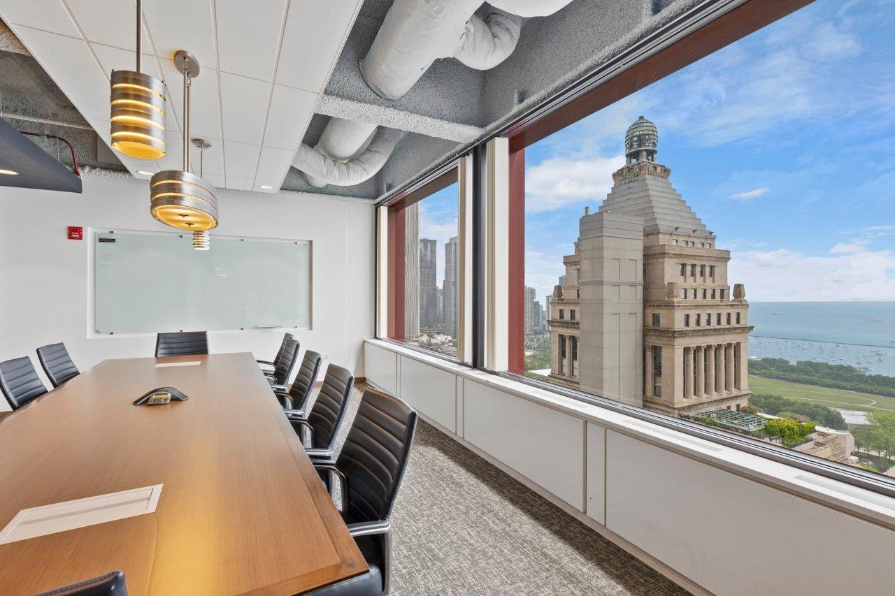 chicago coworking office space 2
